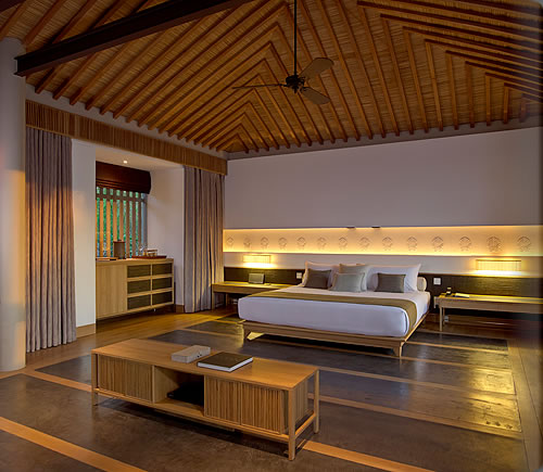 aman_noi_pool_pavilion_bedroom_02_alb
