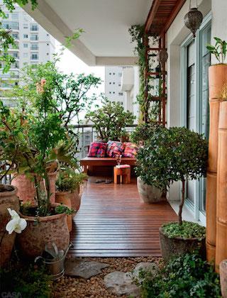 00-varanda-deste-apartamento-e-rustica-e-encantadora
